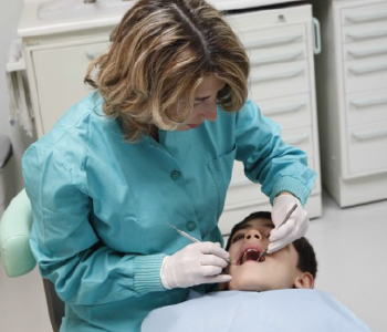 L' Ortodonzia Si occupa della risoluzione delle malocclusioni.Trattamenti